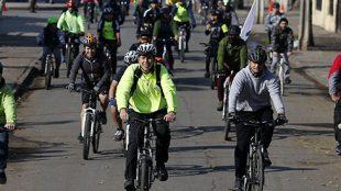 Santiago, 03 de junio de 2018 El alcalde de Renca, Claudio Castro junto a organizaciones de ciclistas participan del Dia Mundial de la Bicicleta. Paul Plaza/Municipalidad de Renca